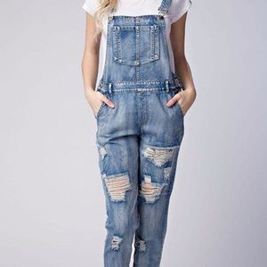 **Honey Punch Distressed Denim Overalls**
